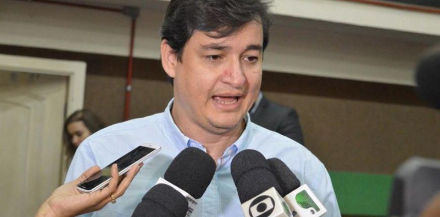 Ex-secretário revelou que Emanuel Pinheiro 'vendeu cargos' na saúde em troca de apoio político (Crédito: Reprodução)