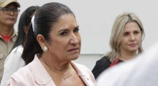 Juíza bloqueia e manda penhorar carros de Thelma e ex-secretário (Crédito: Reprodução - Ednilson Aguiar - O Livre)