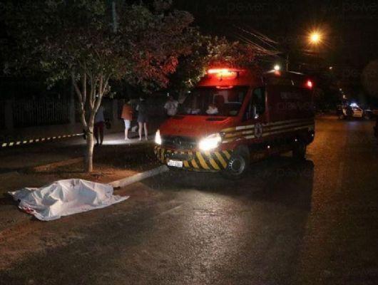 Homem é morto com vários golpes de faca em Rondonópolis; DHPP investiga (Crédito: Ilustração)