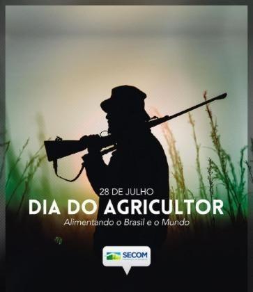 Foto de homem armado usada para parabenizar o Dia do Agricultor é apagada