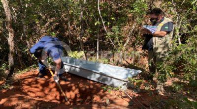 Corpo de mulher desaparecida é encontrada em cova rasa e com mãos amarradas