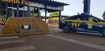 Polícia intercepta veículo de passeio carregado com meia tonelada de drogas em Rondonópolis