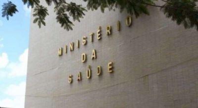 Manifestantes bolsonaristas tentam invadir prédio do Ministério da Saúde