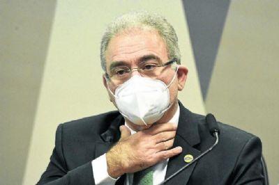 Ministro da Saúde testa positivo para covid-19 durante viagem a Nova York
